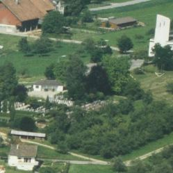 1981_LBS_L1-810870, 7.7.1981_Friedhof